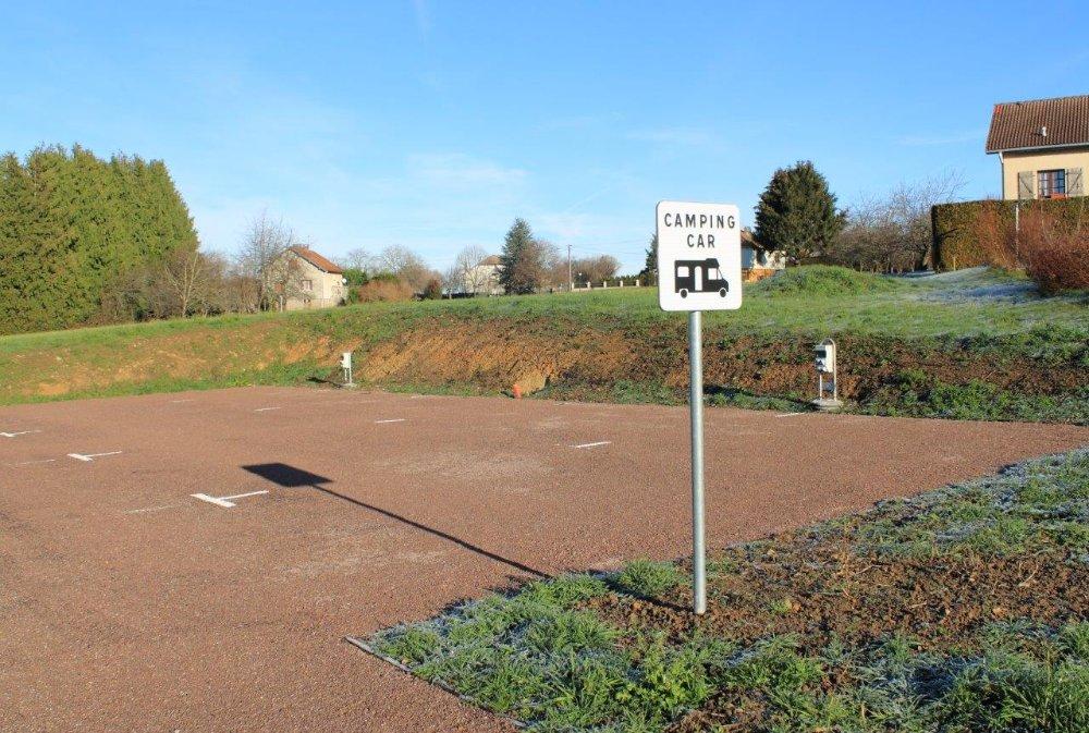 Aire camping-car à Xertigny (88220) - Photo 4